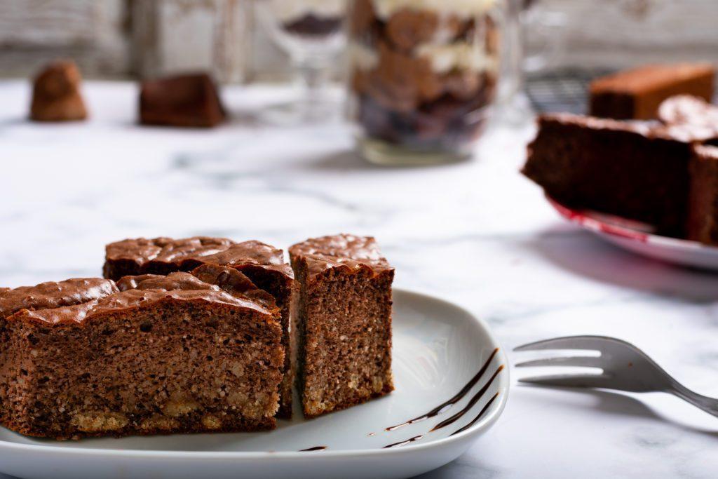 Keto-chocolate-cake-1-SunCakeMom