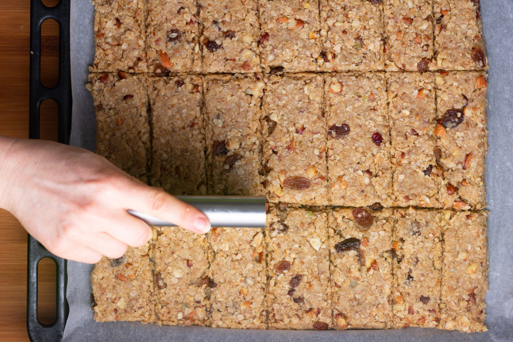 Granola-bar-recipe-Process-12-SunCakeMom