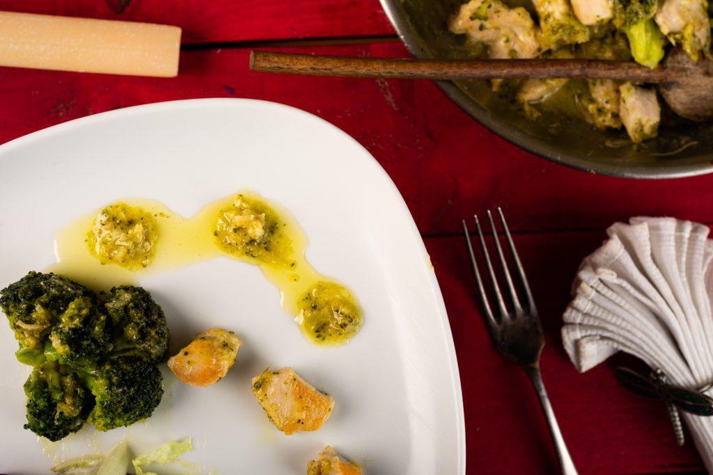 Chicken-broccoli-alfredo-recipe-4-SunCakeMom