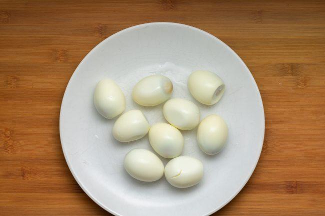 Hard-boil-eggs-SunCakeMom