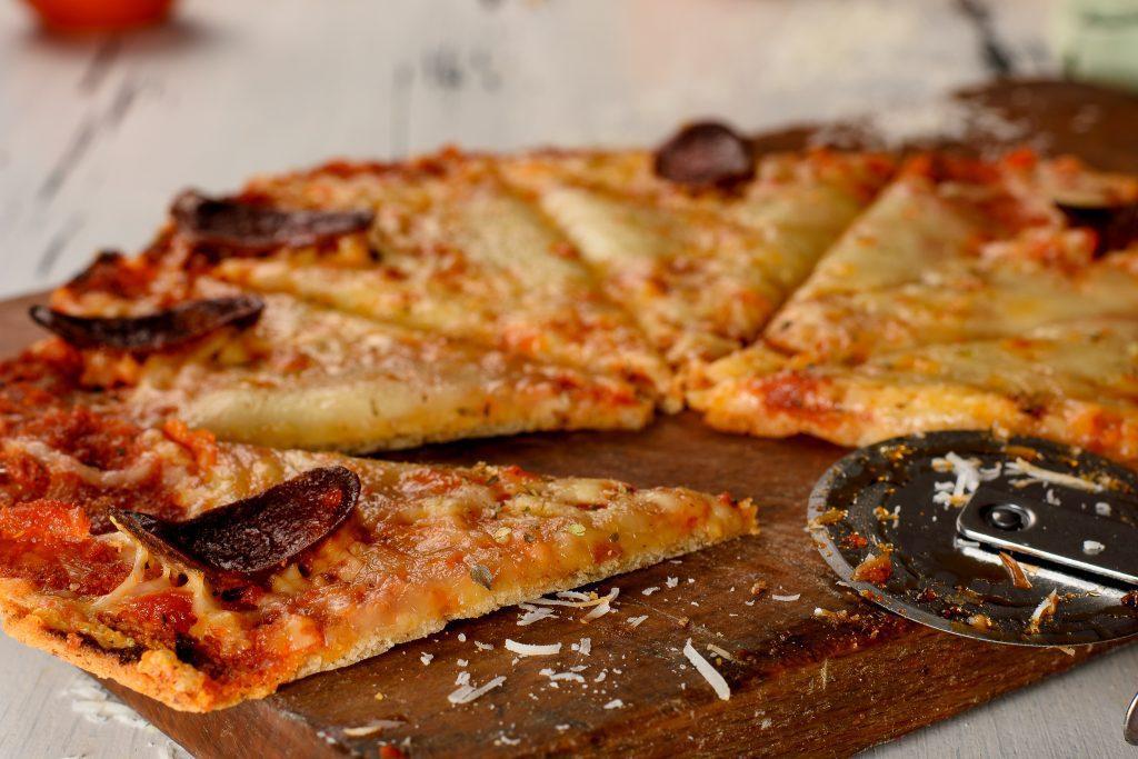 Low-carb-pizza-recipe-3-SunCakeMom