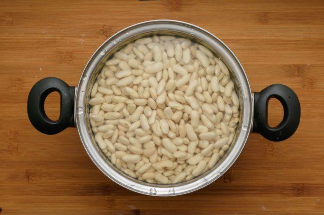 Navy bean soup SunCakeMom