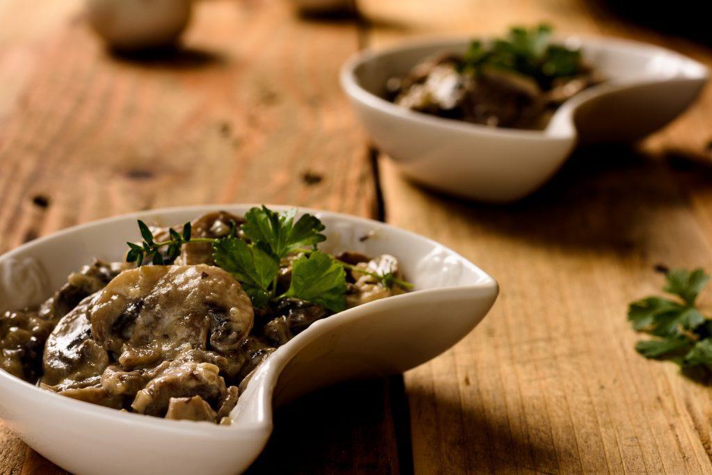 Mushroom sauce recipe - SunCakeMom