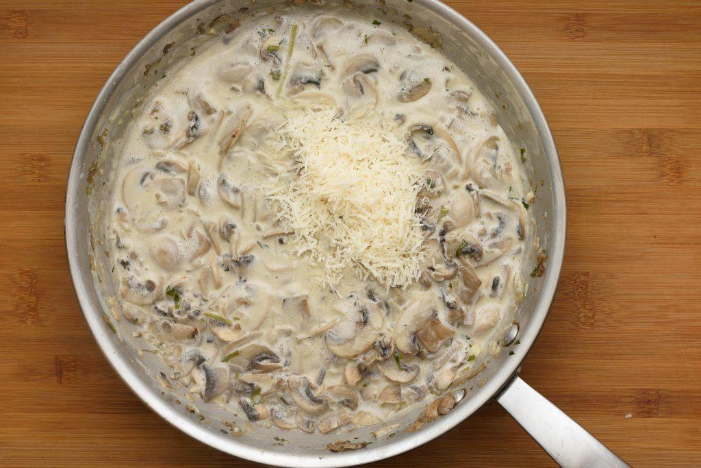 Mushroom saMushroom sauce recipe - SunCakeMomuce recipe - SunCakeMom