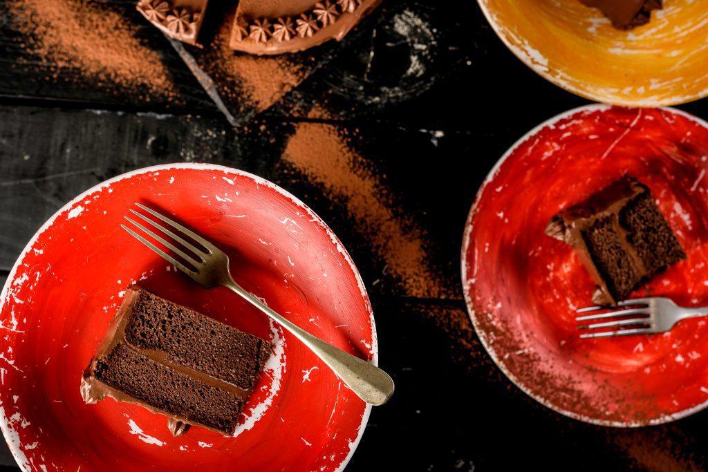 Keto-chocolate-cake-recipe-4-SunCakeMom