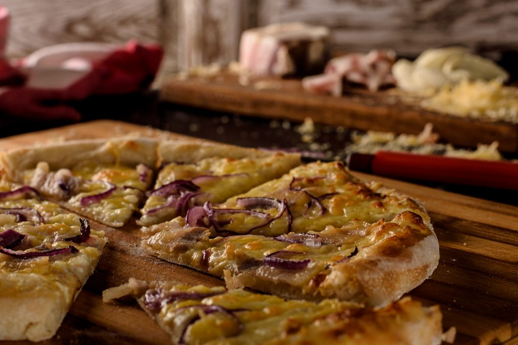 White pizza recipe - SunCakeMom