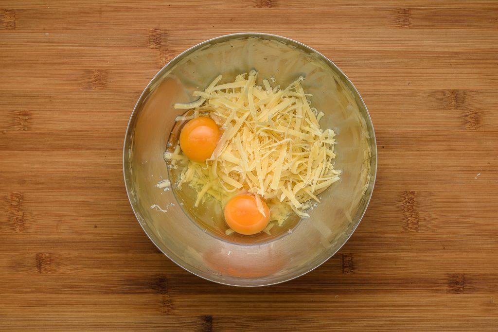 Chaffles recipe - SunCakeMom