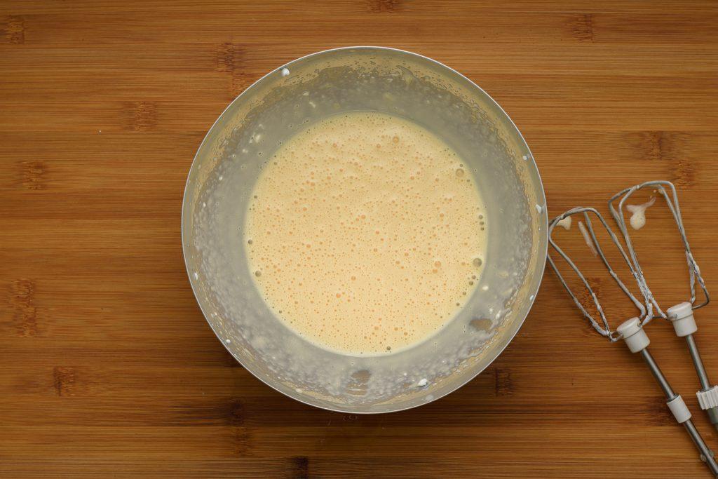 Egg yolkd with cream cheese - SunCakeMom