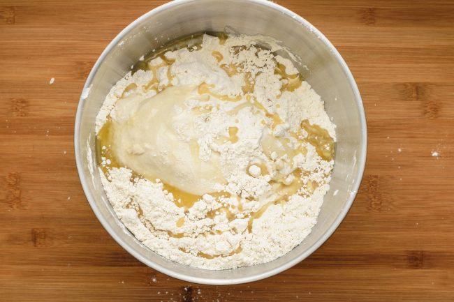 Flour oil yeast dough - SunCakeMom