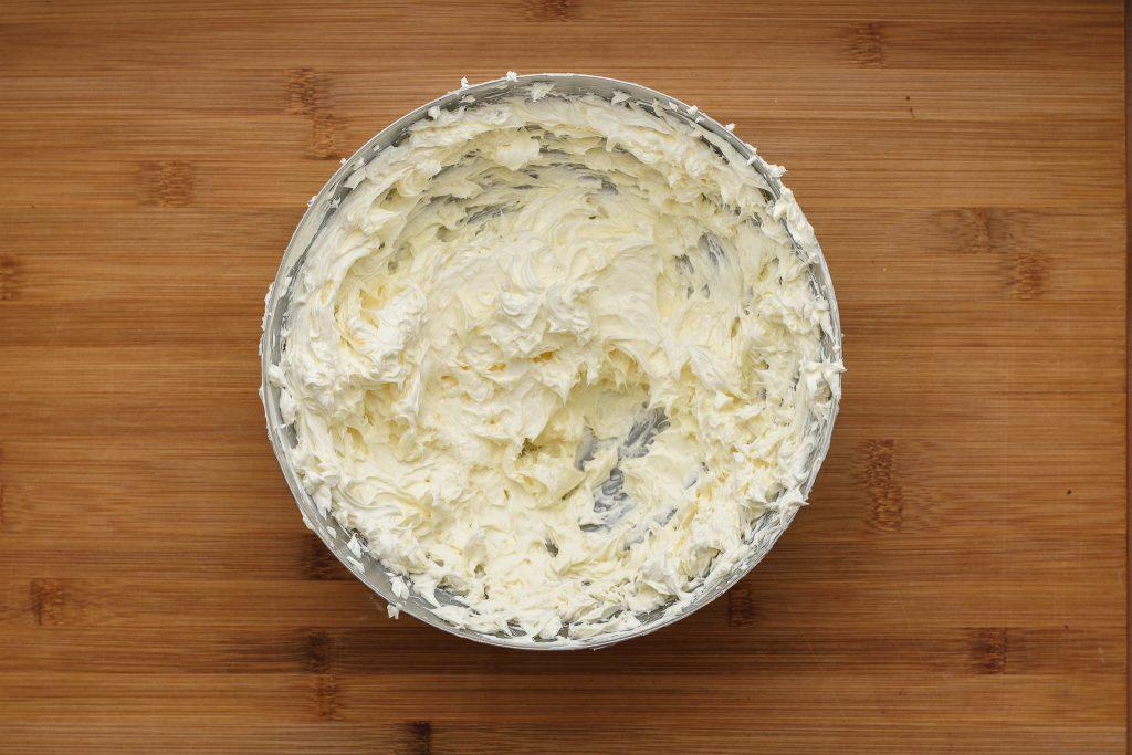 Creamy butter - SunCakeMom