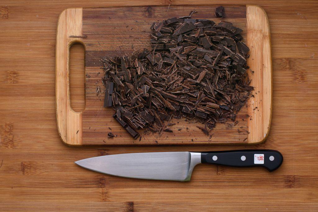 Cut chocolate - SunCakeMom
