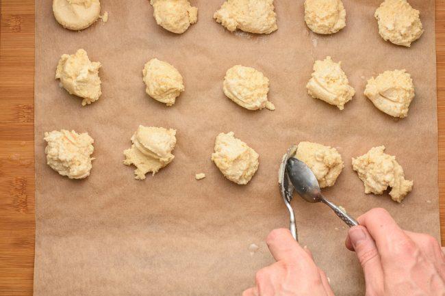 Keto biscuit recipe - SunCakeMom